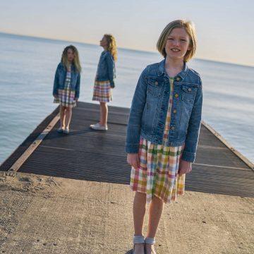 girls on a pier